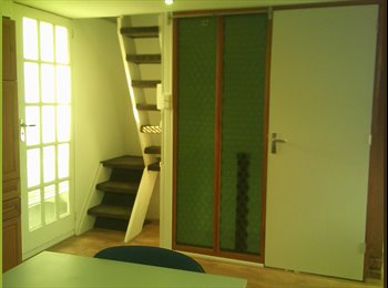 EasyKamer NL - Two room furnished apartment with roof terrace - Hillegersberg-Zuid, Rotterdam - € 950 p.m.