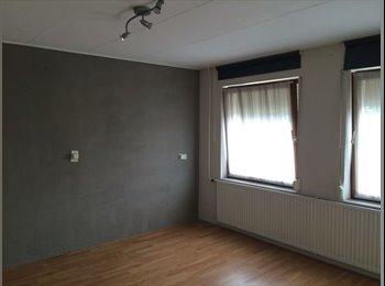EasyKamer NL - Groot kamer in Enschede €400,- All-in - Enschede, Enschede - € 450 p.m.