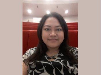 Isyani - 30 - Student