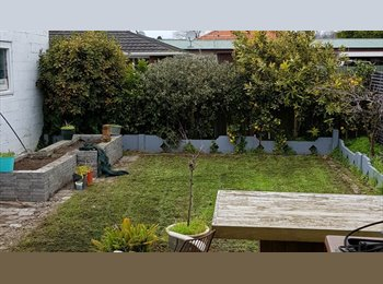 NZ - Looking for boarder/ flatmate - Palmerston North, Palmerston North - $140 pw