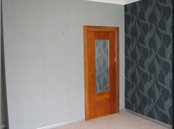 NZ - rooms to rent x2 - Takaro, Palmerston North - $150 pw