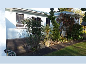 NZ - 2 self contained rooms with en-suite - Aramoho, Wanganui - $125 pw
