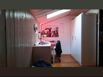 EasyQuarto PT - quarto na baixa de Lisboa - Encarnação, Lisboa - 290 € Por mês