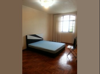 Master bedroom at Pasir Panjang near NUS & Mrt