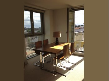 EasyRoommate UK - Double Bedroom with Private Bathroom in Islington - Islington, London - £1,080 pcm