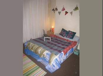 3 Bed Student House, Kensington Fields
