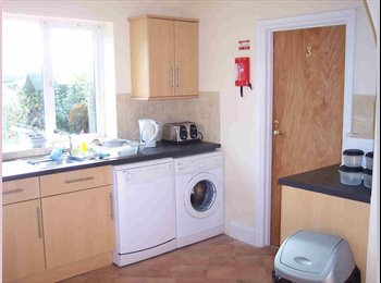 BEAUTIFUL ROOM b/band, cleaner,parking