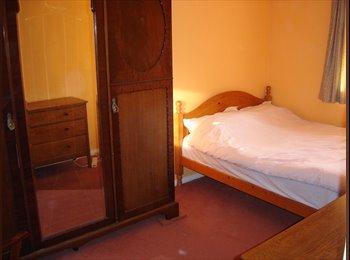 EasyRoommate UK - Good value room- NO LONGER AVAILABLE - Bedford, Bedford - £325 pcm