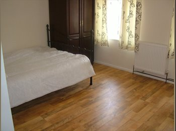 EasyRoommate UK - single rooms for rent in city centre - Wolverhampton, Wolverhampton - £450 pcm