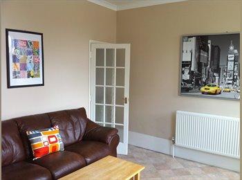 EasyRoommate UK - Join our friendly, Modern houseshare in Wakefield! - Wakefield, Wakefield - £350 pcm