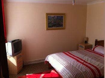 EasyRoommate UK - LUXURY ROOM NORTHEND - Fratton, Portsmouth - £370 pcm