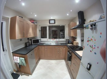 1 x Double rooms for rent in Plympton Plymouth