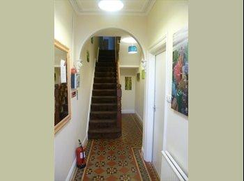 EasyRoommate UK - Very Nice House Share - Wrexham, Wrexham - £300 pcm