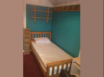 EasyRoommate UK - Available soon, clean, quiet, single Bedroom. - Knowle, Bristol - £350 pcm