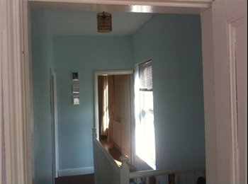 EasyRoommate UK - Great house in a great house share - Walsall, Walsall - £255 pcm