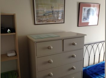 EasyRoommate UK - Furnished light and airy double leafy T/ Wells - Tunbridge Wells, Tunbridge Wells - £520 pcm