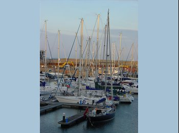 EasyRoommate UK - Harbour  Entrance Apartment Sovereign Harbour - Eastbourne, Eastbourne - £485 pcm