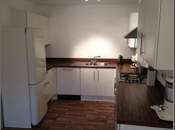 EasyRoommate UK - Portishead - double room - Portishead, Bristol - £422 pcm