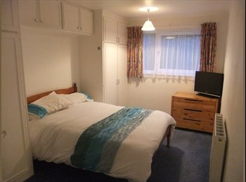 EasyRoommate UK - Double room in Haywards Heath (£499PCM) Bills Inc. - Haywards Heath, Haywards Heath - £499 pcm
