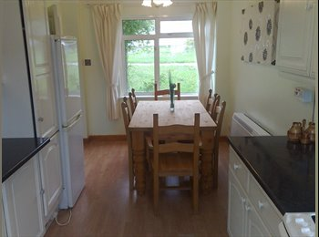 EasyRoommate UK - 2  lovely well furnished & decorated double rooms - Bassett, Southampton - £410 pcm