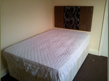 EasyRoommate UK - Double room bills included Bournville Qe UOB - Bournville, Birmingham - £325 pcm