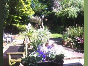 EasyRoommate UK - Cheltenham - Lovely Double in Friendly House Share - Up Hatherley, Cheltenham - £435 pcm