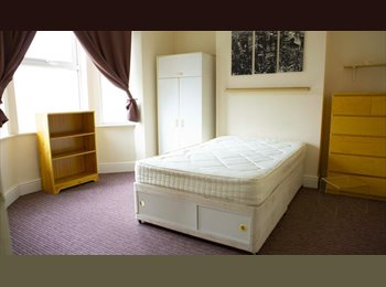 DOUBLE ROOM TO LET