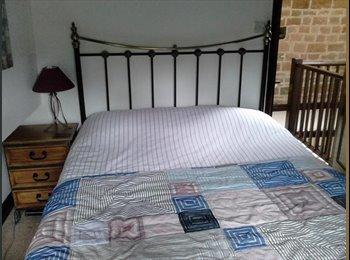 EasyRoommate UK - Pine Cottage - Pontefract, Wakefield - £350 pcm