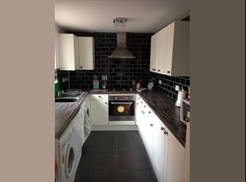 6 Bed house in Lenton