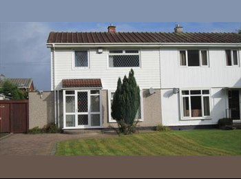 EasyRoommate UK - Post graduate house close to Warwick University - Canley, Coventry - £320 pcm