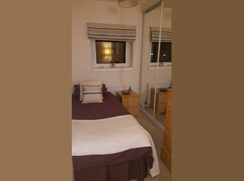 Room in peaceful, stylish home in Bollington