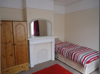 EasyRoommate UK - LUXURY DOUBLE ROOM NORTHEND - Fratton, Portsmouth - £390 pcm