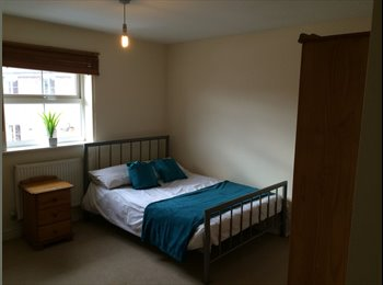 EasyRoommate UK - RARELY AVAILABLE DOUBLE IN THIS FRIENDLY  HOUSE - Ashford, Ashford - £420 pcm