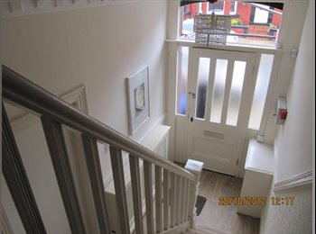EasyRoommate UK - 1 LARGE DOUBLE EN-SUITE ROOM AVAILABLE NOW - Allerton, Liverpool - £395 pcm