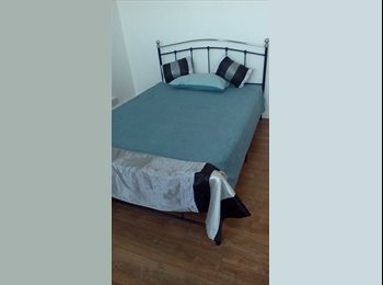 EasyRoommate UK - LARGE DOUBLE ROOM TO RENT. AVAILABLE NOW !!!!!! - Notting Hill, London - £750 pcm
