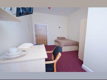 £90pw, 1 single student bedroom, locate in CITY