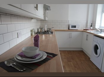 EasyRoommate UK - Fantastic Double in Shared House All bills in! - Whitehall, Bristol - £489 pcm