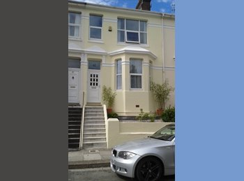 EasyRoommate UK - Immaculate 3 bed Victorian house - St Judes, Plymouth - £500 pcm