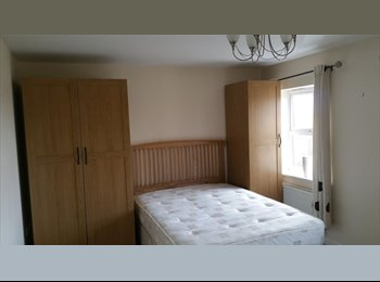EasyRoommate UK - Luxury Room Nr M1 & M42 - All Bills Included - Cle - Coalville, N.W. Leics and Chamwood - £415 pcm
