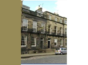 3 bedroom property West End Edinburgh