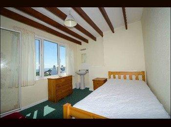 EasyRoommate UK - Immediate Student Accommodation Falmouth - Falmouth, Falmouth - £320 pcm