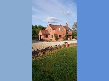 EasyRoommate UK - Room with a view - Countryside living - Crowle, Worcester - £500 pcm