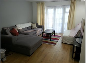 Double bedroom available with own en-suite.