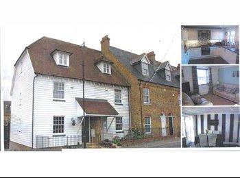 EasyRoommate UK - Executive home - Iwade, Sittingbourne - £500 pcm