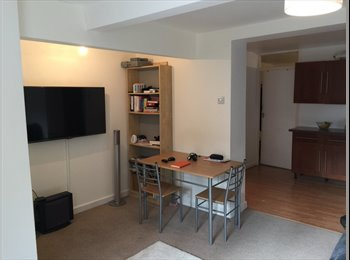 Room Available on slopes of Richmond Hill