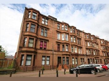 EasyRoommate UK - 2 ROOMS AVAILABLE - Govan, Glasgow - £300 pcm