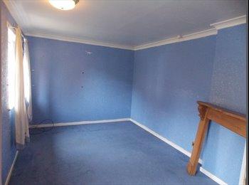 EasyRoommate UK - looking for a single parent - Baildon, Bradford - £400 pcm