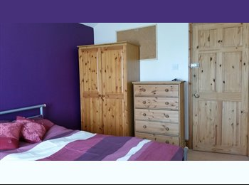 Attractive double room fully furnished