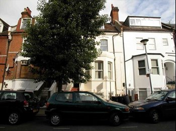 West Hampstead: V.Large Double Bed in Modern Flat
