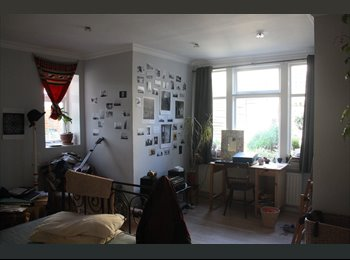 EasyRoommate UK - Double Room Brixton/Camberwell SUMMER - Stockwell, London - £750 pcm